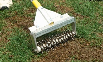 Features steel star wheels to penetrate any compacted soil